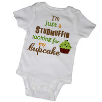 I'm Just a Stud-Muffin Looking for His Cupcake Bodysuits & Tees