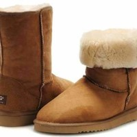 UGG Womens Classic Short Boots Chestnut