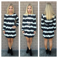 Black & White Chevron Long Sleeve Dress