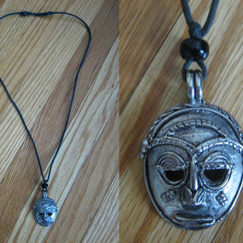 vintage Mask Necklace / Tribal Necklace / Aztec / Face / African / Mask Pendant
