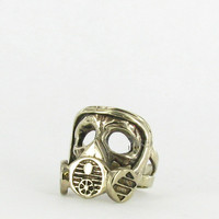 Marché Noir Gas Mask Ring