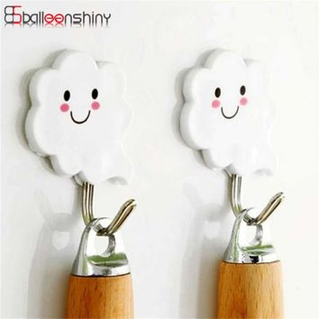 3Pcs White Cloud Style Sticky Hooks Wall-Mounted Suction Cup Key Clothes Organizer Holder Decorate Wall Door Strong Rack Hooks