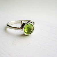 Green Cat Ring, Peridot and Sterling Silver Ring