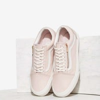 VansOld Skool Zip Leather Sneaker