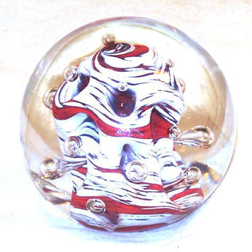 Hand Blown Glass Paperweight, Valentine Coral by Amigami