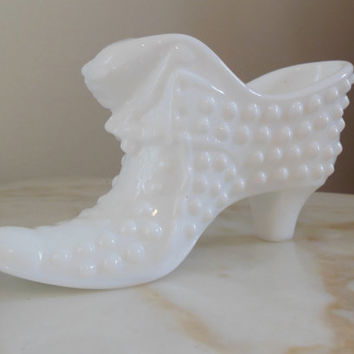 "FENTON CAT SLIPPER - Vintage Hobnail Milk Glass "" Cat Coming Out"" Fenton Slipper c. 1920's - 1940's-Pristine Condition"