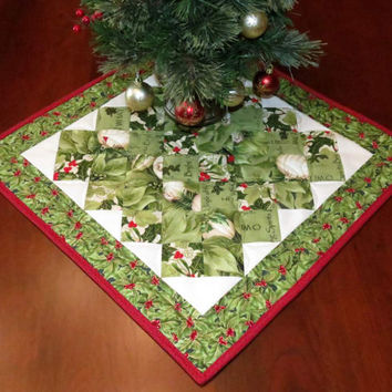 Reversible Christmas Table Topper, Pieced and Quilted Centerpiece, Table Mat, Green with Red and White