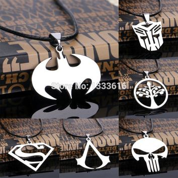 Hot Cospaly Assassins Creed Skull Bat Animals Pendant Necklace Stainless Steel Leather Rope Charm Jewelry Children Friends Gifts