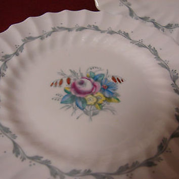 Royal doulton China Dinnerware Chelsea Rose Pattern #4801 Set 3 Bread
