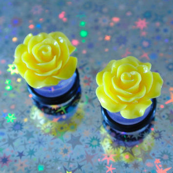 Lemon Yellow Cabochon Flower Gauges Sizes 1/2 by MoonShineApparel