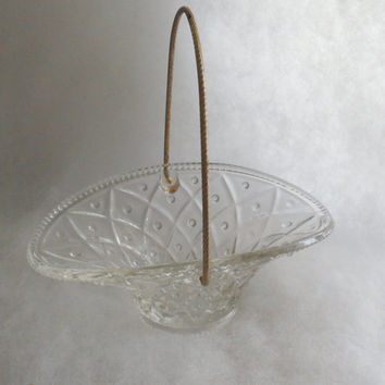 VINTAGE 1970s AVON COLLECTIBLE Glass Basket with Gold Metal Handle - Originally Avon Soap Container - Designed by Fostoria for Avon