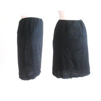 1960s Black Scalloped Pencil Half Slip Size Small