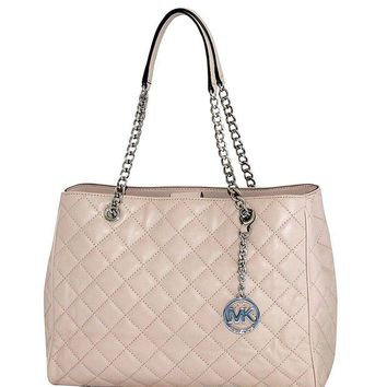 DCCKHI2 MICHAEL Michael Kors Susannah Womens Large Quilted Leather Handbag TOTE
