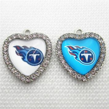 New Arrival 20pcs/lot Tennessee Titans Crystal Heart Football Team Dangle Charms DIY Bracelet Necklace Pendants Jewelry