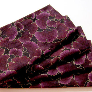 Cloth Napkins - Set of 4 - Metallic Gold, Plum Purple Ginkgo Leaves - Dinner, Table, Everyday, Wedding