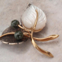Leaf Brooch Jade Mother of Pearl MOP Sterling Silver Gold Filled Vintage 092614MR