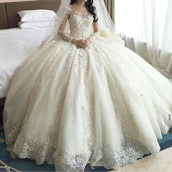 Luxury Sweep Train Ball Gown Wedding Dresses 2017 Lace Long Sleeves Brisal Gowns See Through Back Vestido De Novias Princess