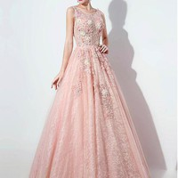 [238.99] Exquisite Tulle & Lace Scoop Neckline A-line Prom Dresses With Lace Appliques - dressilyme.com