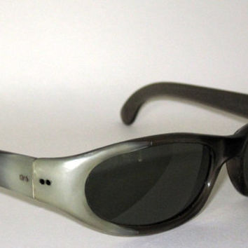 Vintage Sunglasses 50s CoolRay Polaroid by CollectableSpectacle