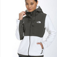 The North American Fashion Style Women's Denali Fleece Hoodie Jacket Ladies Outdoor Windproof Thermal Facejackets Facecoats