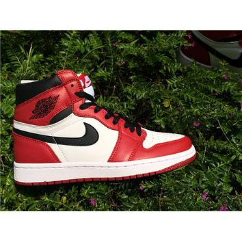 Air Jordan 1 Retro Og High Chicago Men Sneaker | Best Deal Online