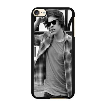Harry Matchmaker iPod Touch 6 Case