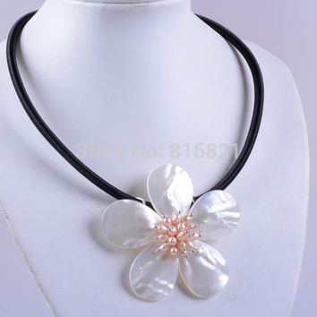 "(1 piece/lot) New Mother of Pearl MOP Shell Pearl Flower Pendant Rope Cord Necklace 19"" Charms Fashion Jewlery Necklace"
