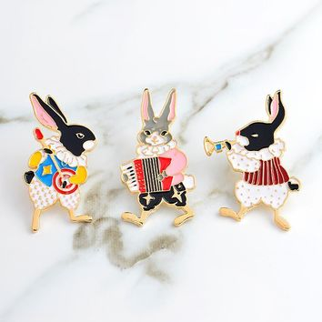 Trendy Musician rabbit pins banjo accordion trumpet rabbit brooches Vintage bunny jewelry Denim Jean Jacket Backpack Hat Bag Accessorie AT_94_13