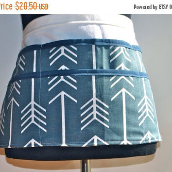 ON SALE Teacher Apron, Women's Vendor Apron, Carpenter Apron, Money apron, Navy Arrow apron, utility apron, preschool teacher apron, Teacher