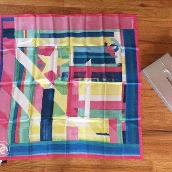GCK2JE NWT Authentic Chanel Coco Cuba cruise Logo Pink Runway Square Silk Scarf Gift