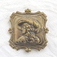 Victorian Lady Portrait Brooch