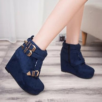Women Short Leather Boots Platform Flat With Short Boot With Metal Zipper Loafer Shoes For Winter