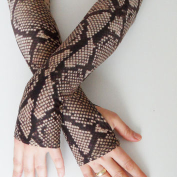 Long snake-like gloves, fingerless long jersey Gloves, Lolita, Tight Sleeve tattoos can be worn