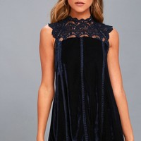 Who's Who Navy Blue Crocheted Lace Velvet Shift Dress