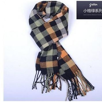 2016 Korean fashion shawl Europe Plaid Scarves men and women couple new winter warm cashmere scarf Scottish tartan shawl