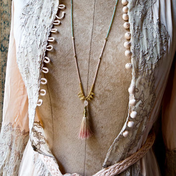 DELICATE BOHO Neckalce - Tassels and Spike Necklace - Minimalist - Pale Pink Ombre  - Extra Long - Simple Tribal - 20s revival