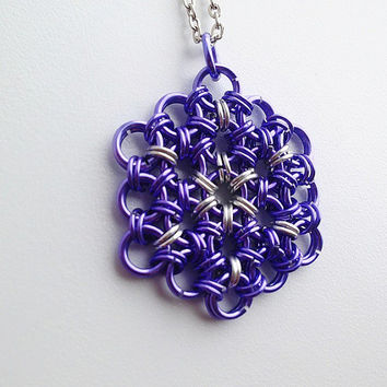 Purple Flower of Life Chainmaille Pendant with Starburst Centre, Chainmaille Jewelry, Sacred Geometry Jewery, Yoga Jewelry
