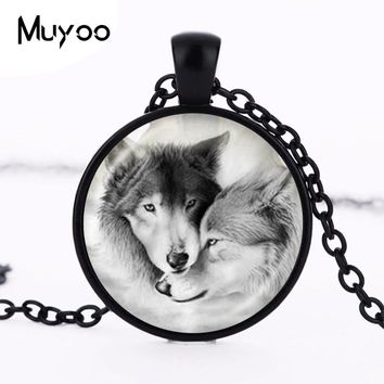 Love Wolf Necklace for Couples Lover Grey Natural Animal Jewelry Glass Cabochon Pendant Chain Neckless Valentine's Day Gifts HZ1