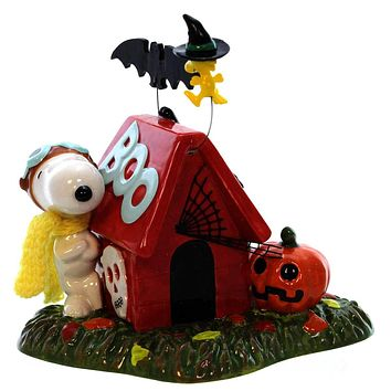 Peanuts Snoopy's Spooky House Halloween Decor
