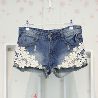 Casual Vintage Womens Lace Flower Jean Shorts Short Pant Trouser Cut-Off Denim