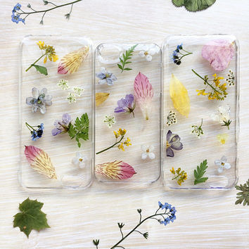Pressed flower Phone 5/5s SE 6/6s and 7/7+ case | Dried flowers iphone case | resin floral bumper case