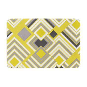 "Jacqueline Milton ""Luca Gold"" Yellow Gray Memory Foam Bath Mat - Outlet Item"