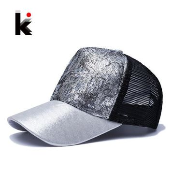 CREYONHS Casual Hats For Women Sequins Flashes 5 Panel Trucker Hip Hop Cap Girl 's Breathable Mesh Hat Summer Baseball Bone Feminino