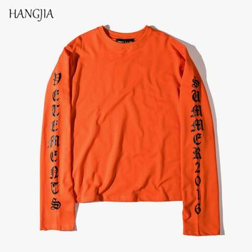 Kanye West Gothic Letter Hip Hop Long Sleeve T-Shirt European American Tide Brand Streetwear Solid Color Round Neck clothes Tee