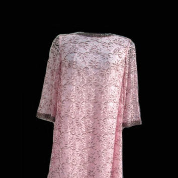 Pink & Pewter Gray Beaded seed Pearl lace mesh metallic overlay dress Size 10 12 Made in British Crown Colony Hong Kong Silk Fashions Canada