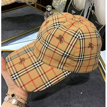 Burberry New fashion plaid war horse print couple cap hat Khaki