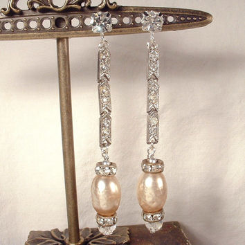 Vintage 1920s Art Deco Silver Clear Rhinestone Champagne Pearl Flapper Drop Earrings Gatsby Bridal Assemblage Baroque Blush Dangle