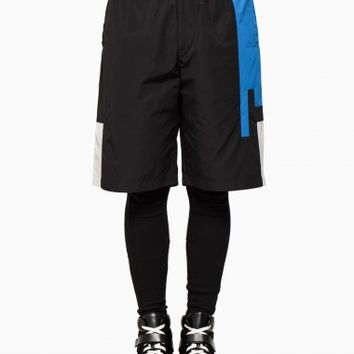 Logo basketball shorts from F/W2015-16 T by Alexander Wang collection in black