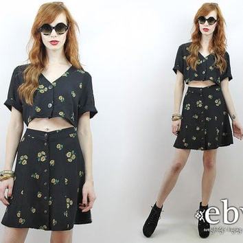 Vintage 90s SUNFLOWERS Crop Top + Skirt Outfit S M Matching Set Two Piece Set Two Piece Outfit Skater Skirt Cropped Top High Waisted Skirt