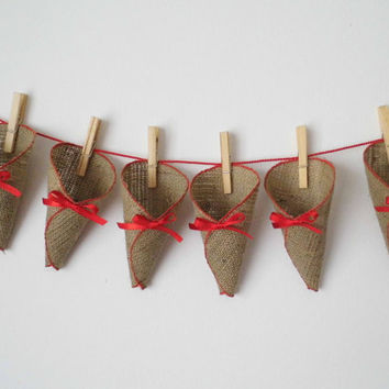24 pieces of shabby chic burlap christmas cones, advent calendar with cloths pins and matching string